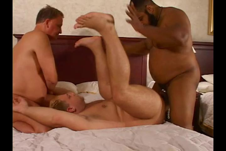 Three fatties have enjoyment fucking one another eagerly
