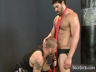 Giant muscled guy gets cock sucked part4
