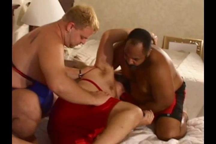 3 horny big wrestlers want some hawt dirty sex