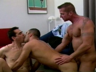 Furious trio taut booty drilling with muscled homo hunks