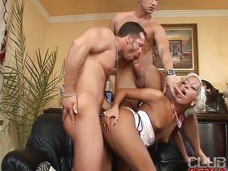 Christina Sweety is a golden-haired bitch who likes to receive along with bisexuals. And now she is with 2 hawt guys Kruger and Nico Bladeeuro. Those 3 here are having a wild time together with blowjob, wet crack sucking, and fucking the whore's tight vagina.